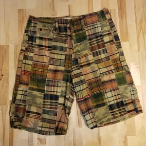 American Eagle Outfitters Plaid Cargo Shorts Sz 32